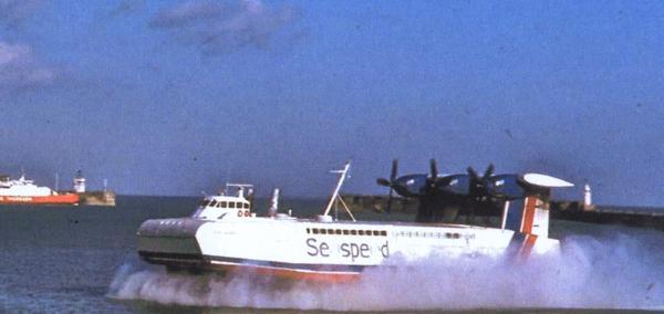 naviplane-cf-1w