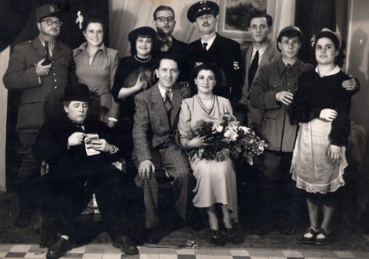 Poilpre-1942-ro-w